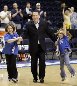 donnie tyndall with daughters